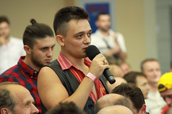2012-08-17_kharkov_convention_prayer_01