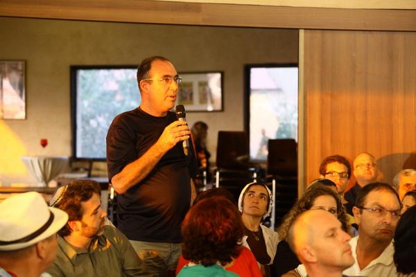 laitman_2012-06-12_public-lecture-zikhron-yaakov_08