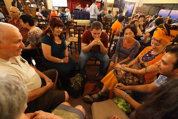 laitman_2012-06-12_public-lecture-zikhron-yaakov_12