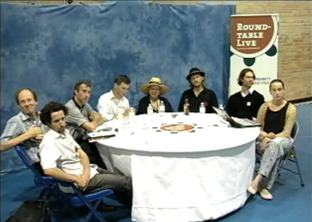 2012-06-28_round-table-toronto_01